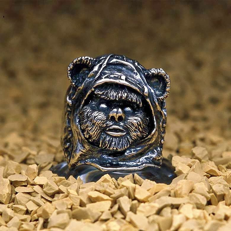 15-Wicket-jap-inc-Star-Wars-Rings-Sculptures-www-designstack-co