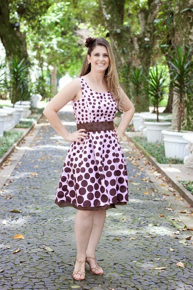 15 Vestidos temáticos para as mamães
