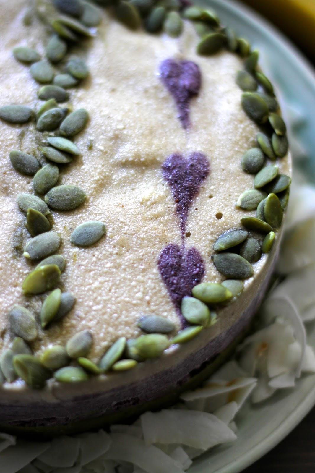 This Rawsome Vegan Life BANANA ICE CREAM CAKE with MATCHA