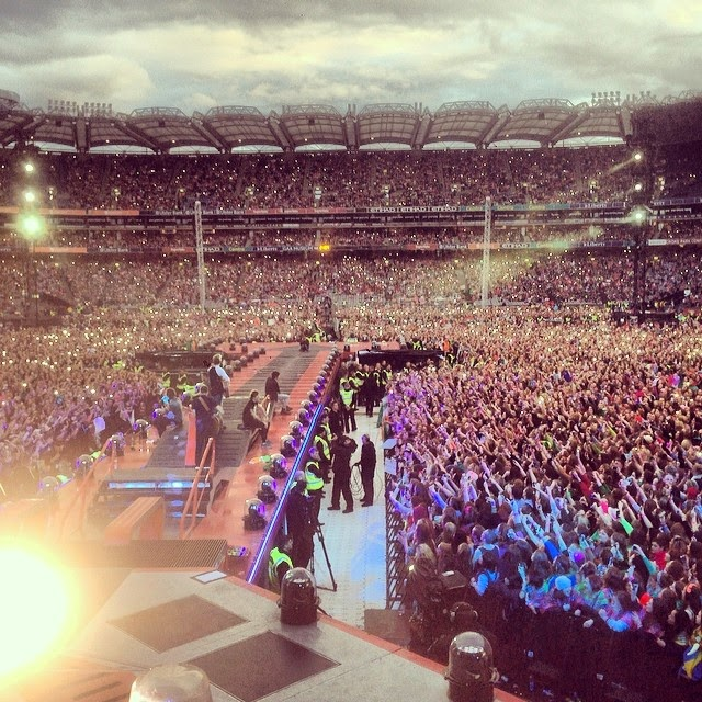 one direction, croke park, 25.05.14, crowd, fans, lights, view from the stage