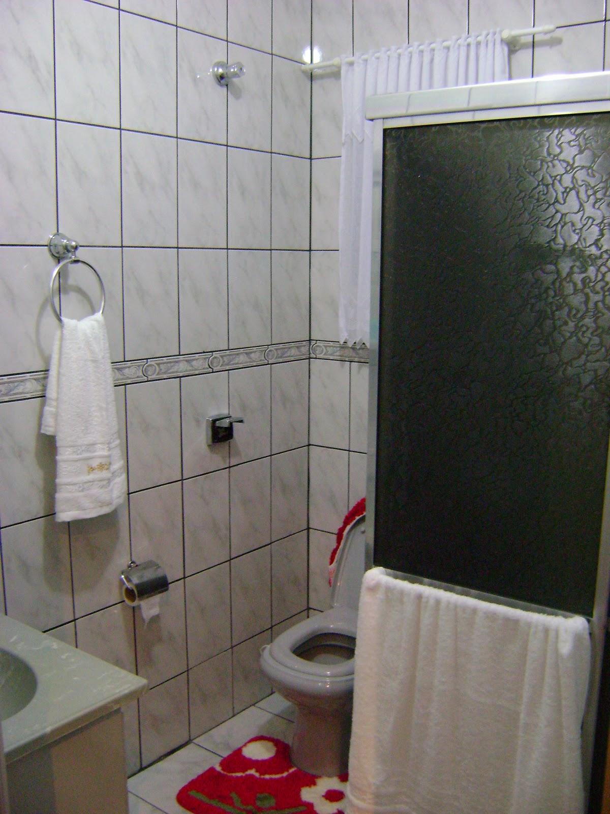 Aline simples assim Banheiro -> Banheiros Muito Simples