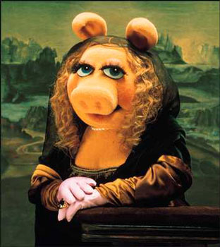 ALAS...WE CAN NEVER FORGET MISS PIGGY'S BEAUTY!