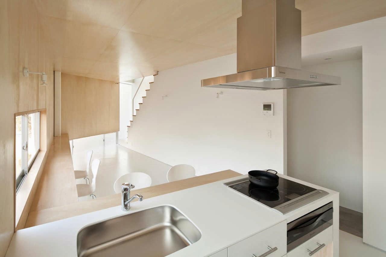 membangun-desain-bangunan-rumah-tinggal-minimalis-lahan-sempit-yoritaka hayashi-ruang dan rumahku-012