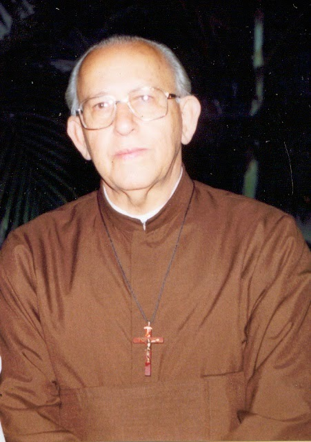 Pe. Gilberto Mª Defina,sjs