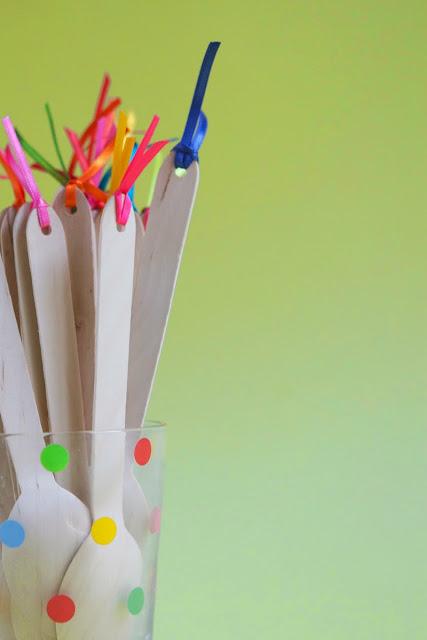 DIY Adornando cucharas de madera Wooden Spoon flags