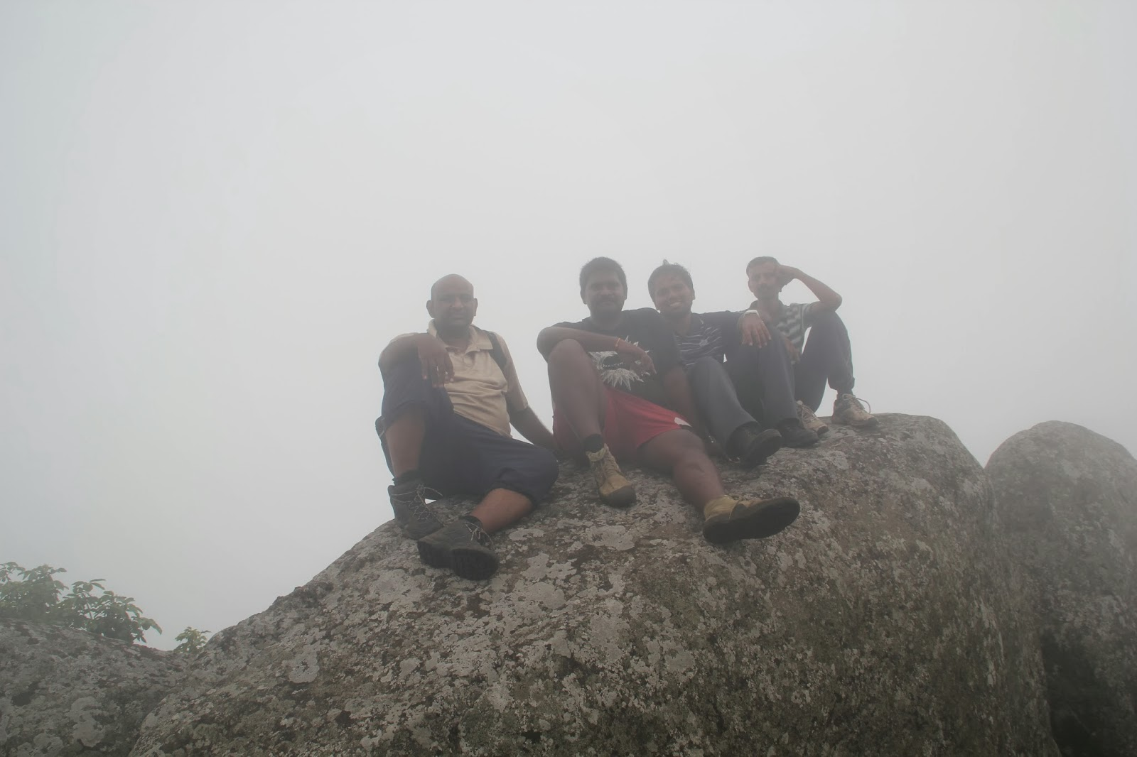 Dinesh, Soorya, Arif and Sridhar at Mahendragiri