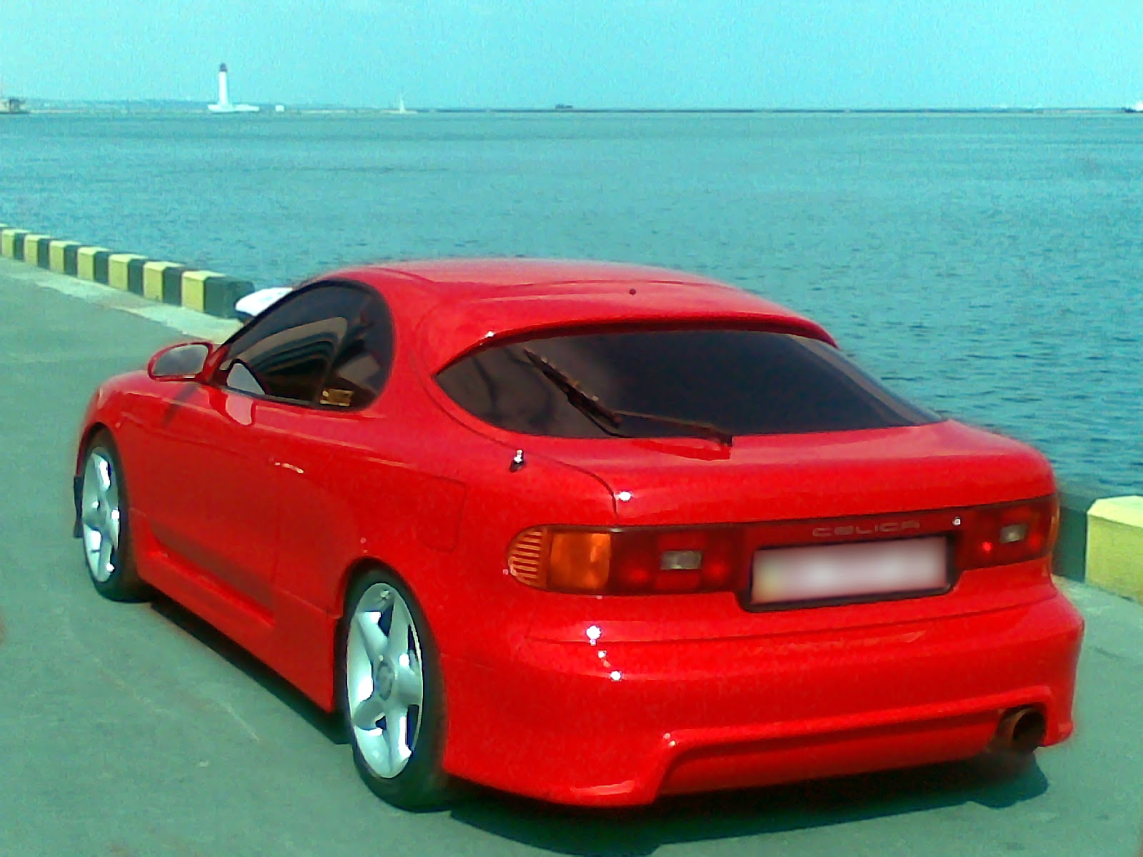 http://1.bp.blogspot.com/-OeZ8XueZOAs/TzfE6gukSnI/AAAAAAAAC-4/i87d1iBarME/s1600/Toyota_celica_182_red_1990_3s-ge_2.jpg