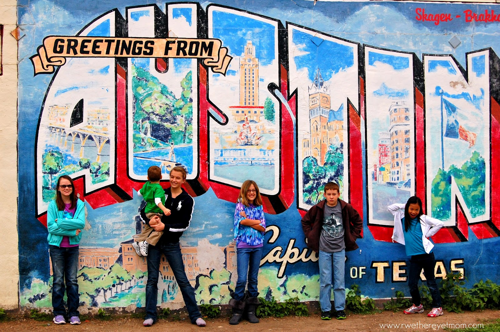 Greetings from austin murals in austin texas r we for Austin mural location