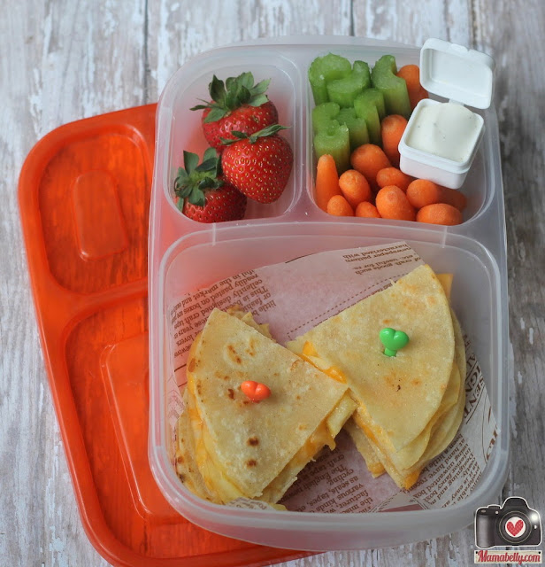 Apple & Cheese Quesadillas in our Easylunchboxes lunchbox - www.mamabelly.com