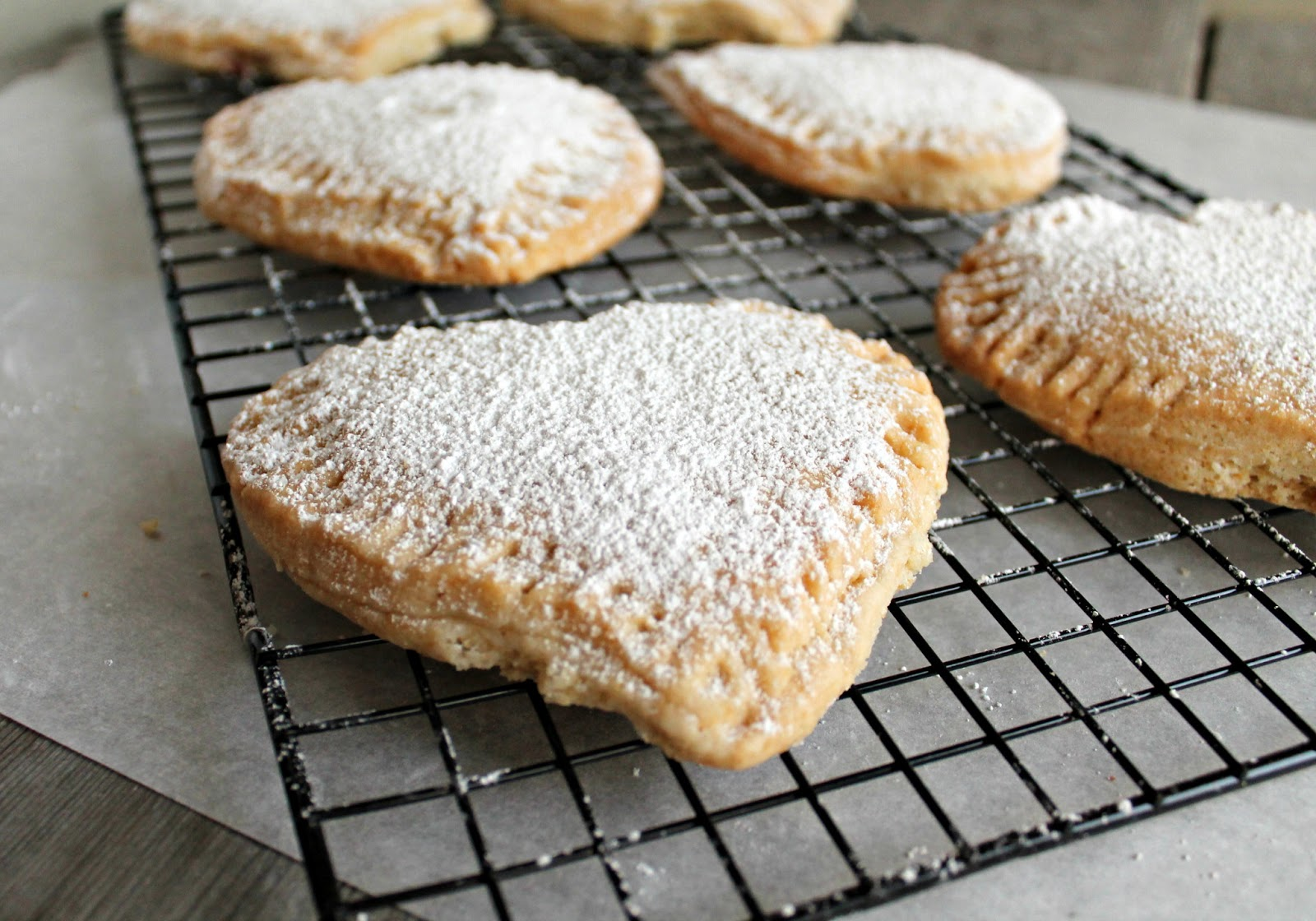 Hungry Couple: Raspberry Heart Shaped Hand Pies