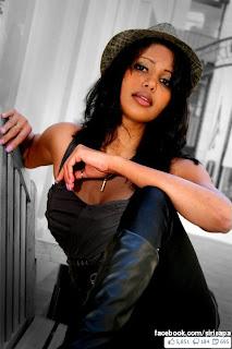 Morina Dassanayeka hot model with dress