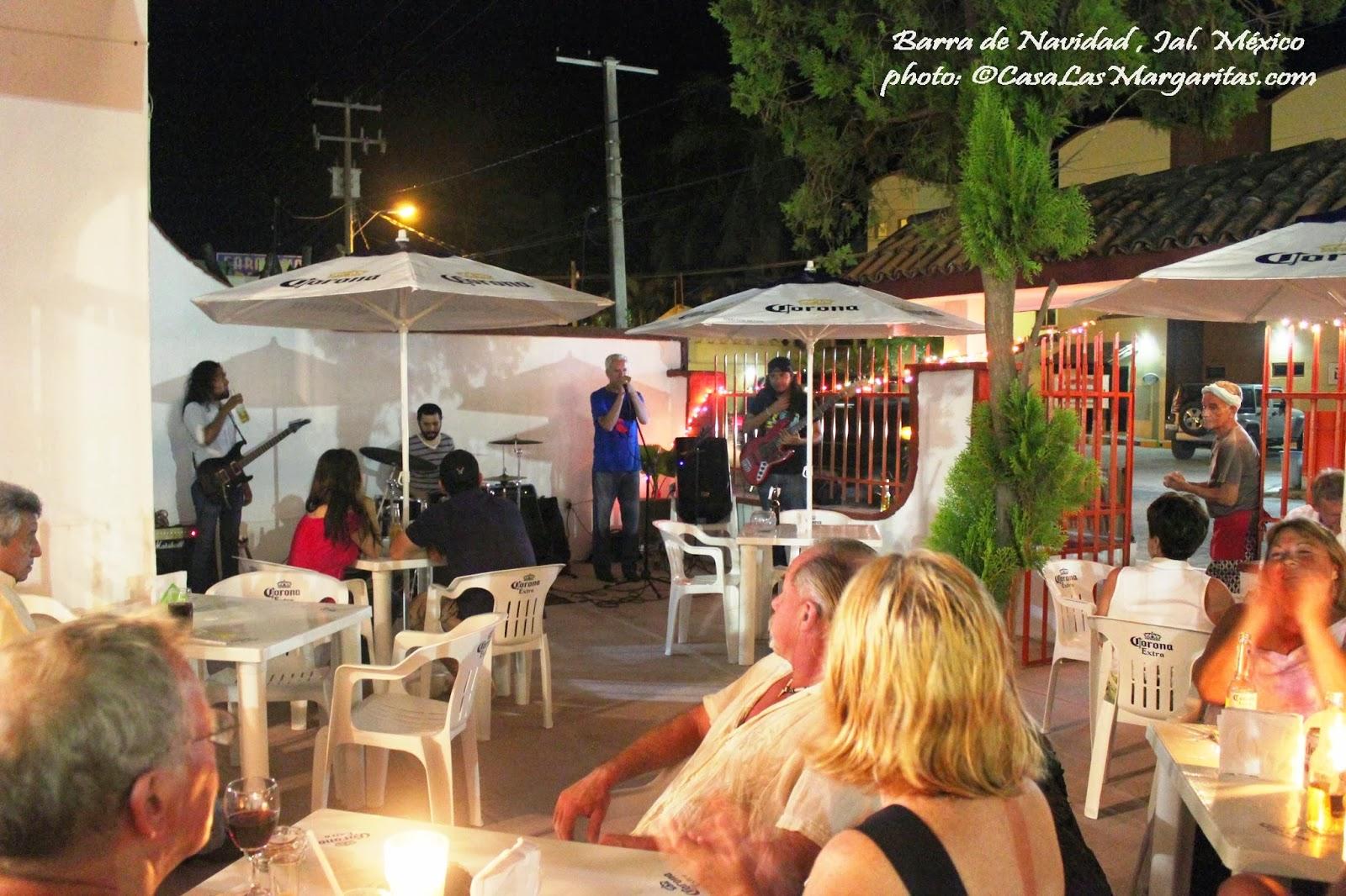 Living barra de navidad nightlife and entertainment in - Barras de bar ...