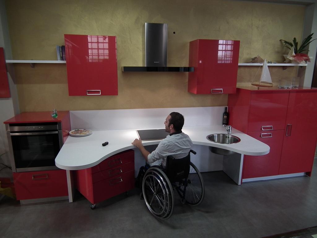 Studio Arredo BM: Cucina per disabili