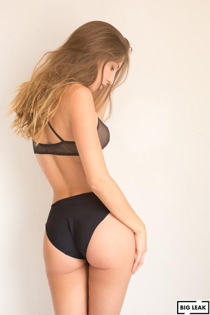 Ana Lucía Blaksley delicioso ass