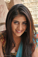 Cute Telugu actress Anisha Singh latest hot photos stills from Ayyare Telugu movie - cute_anisha_singh_latest_hot_photos_002