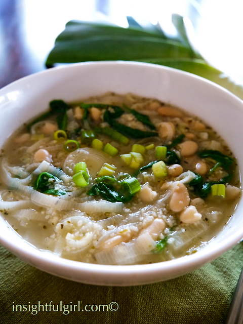 Spinach and Leek White Bean Soup | Insightful Girl