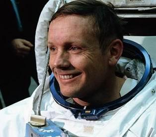 Neil Armstrong, Diusulkan di Makamkan di Bulan