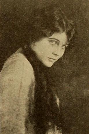 Jeanne Iver aka Ruth MacTammany