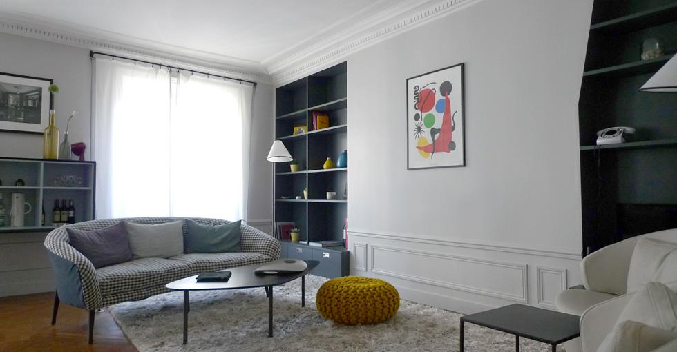 d couvrir l 39 endroit du d cor un appartement parisien modernis. Black Bedroom Furniture Sets. Home Design Ideas