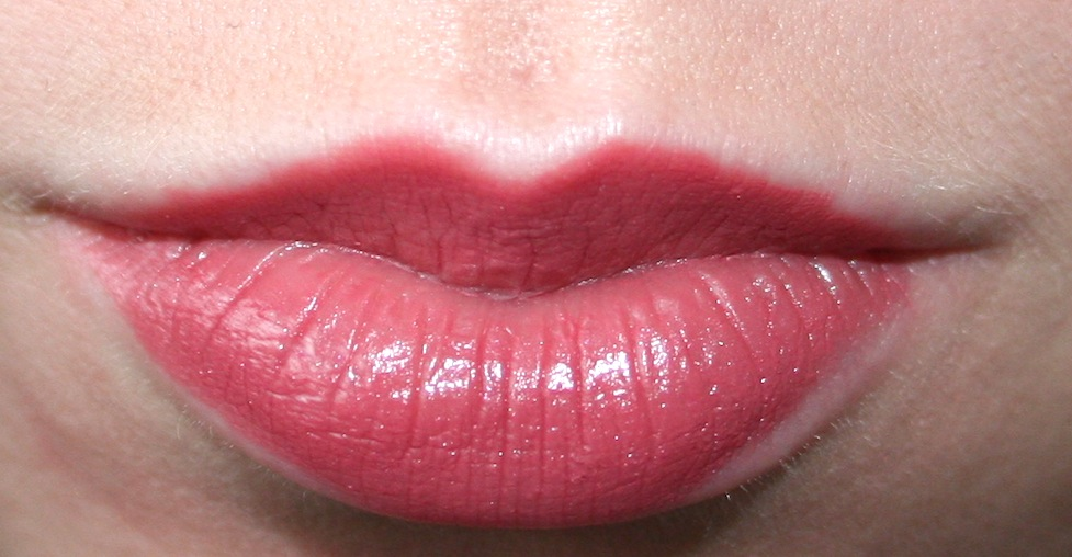 Chanel Rouge Coco Lipstick in Mademoiselle Swatch