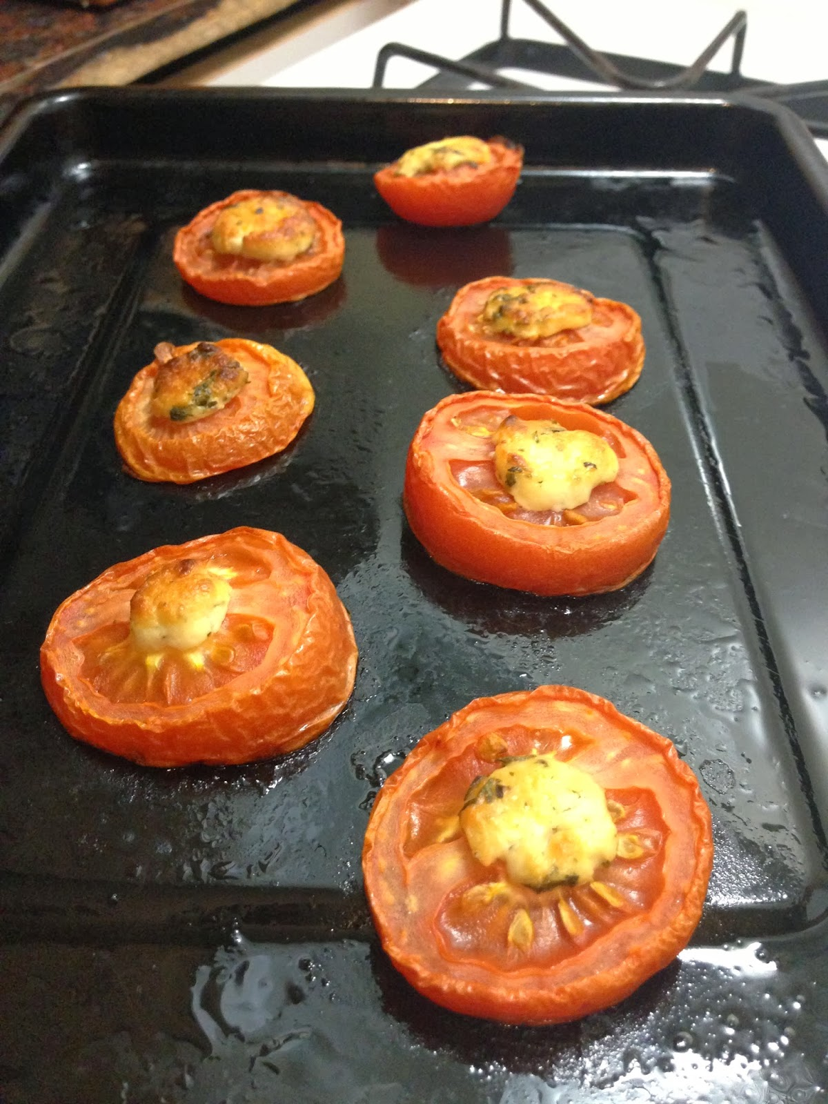 Roasted Tomato and Goat Cheese Rounds