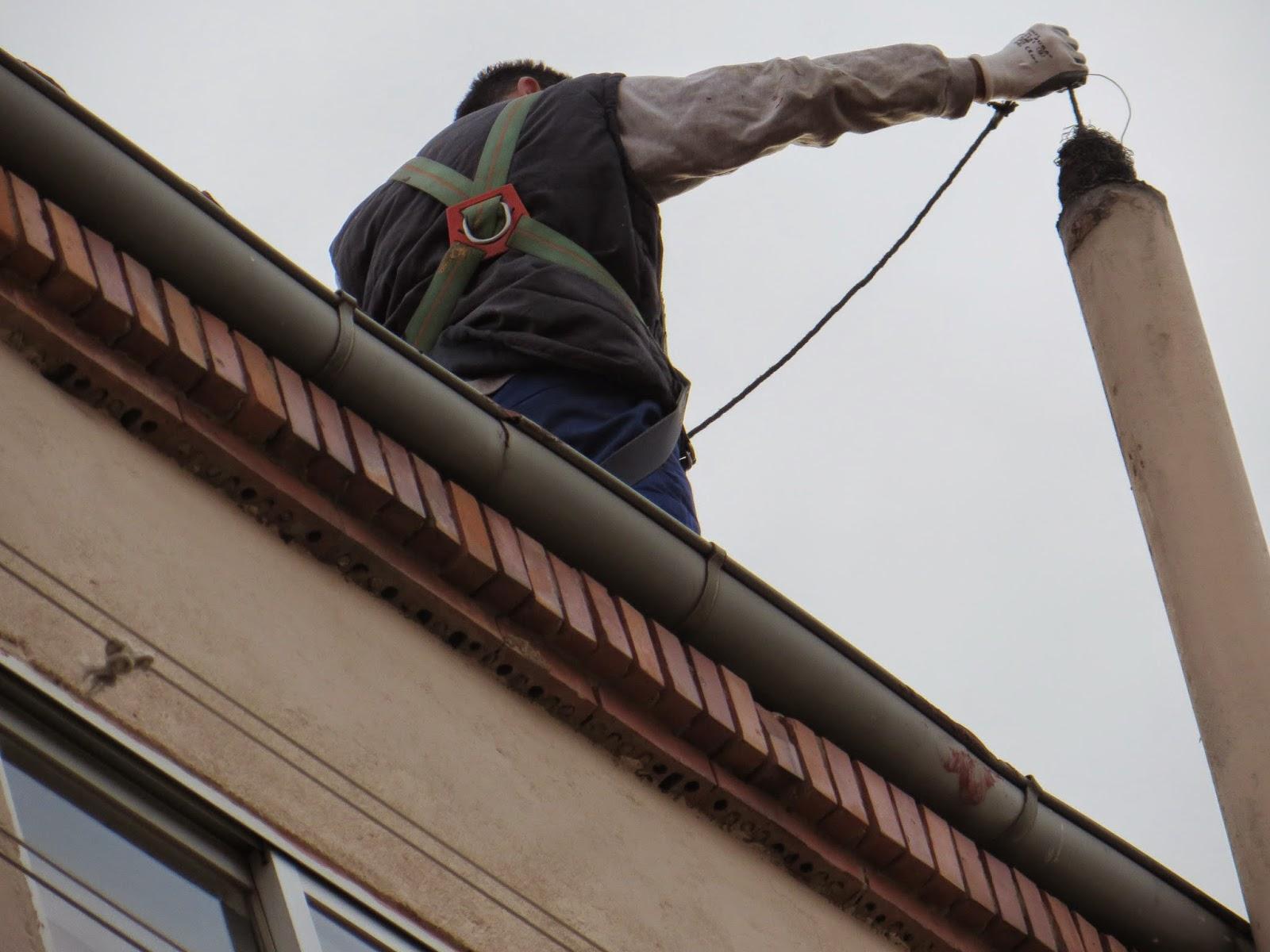 Reformasvillasolle nmultiservicios limpieza de chimeneas - Limpieza chimeneas de lena ...