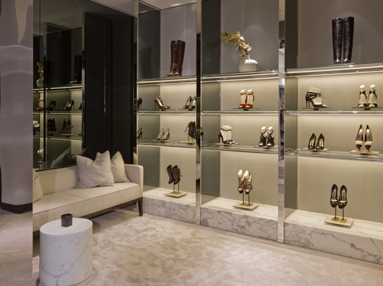 andrea janke finest accessories marion heinrich opens tom. Black Bedroom Furniture Sets. Home Design Ideas