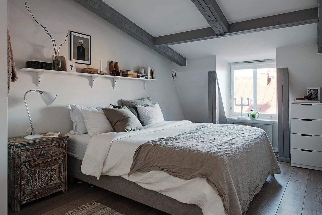 d couvrir l 39 endroit du d cor poutres grises. Black Bedroom Furniture Sets. Home Design Ideas