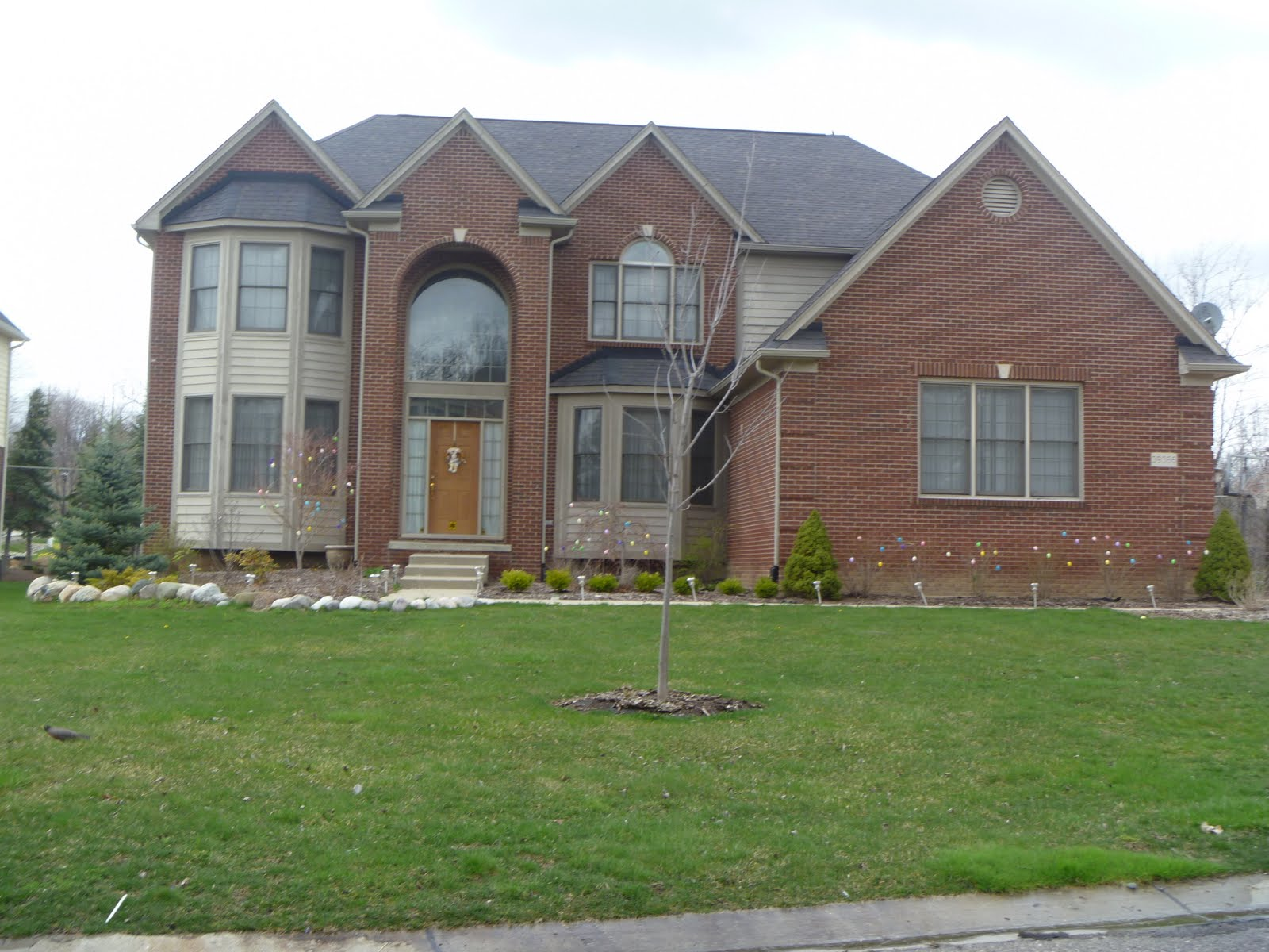Homes for sale in farmington hills mi blog subdivision for Pitchers of houses for sale