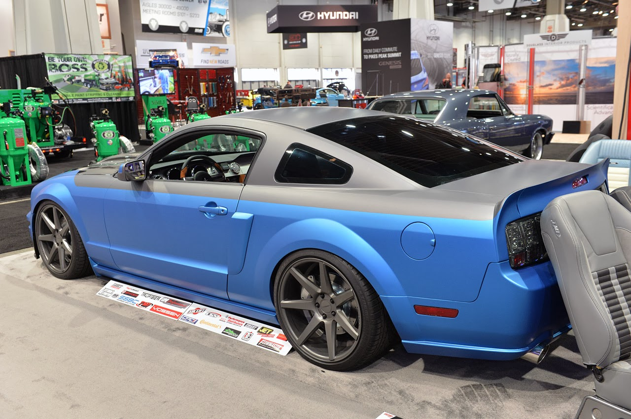 TMI  2005 Ford Mustang GT