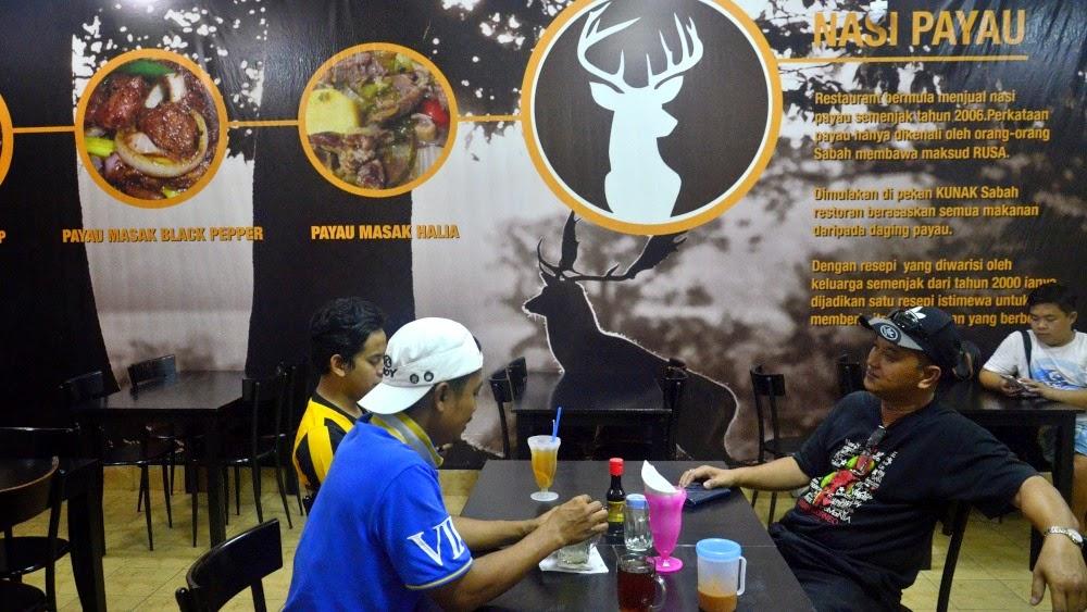 Pengalaman Makan rusa di tepi jalan di Kunak, Sabah