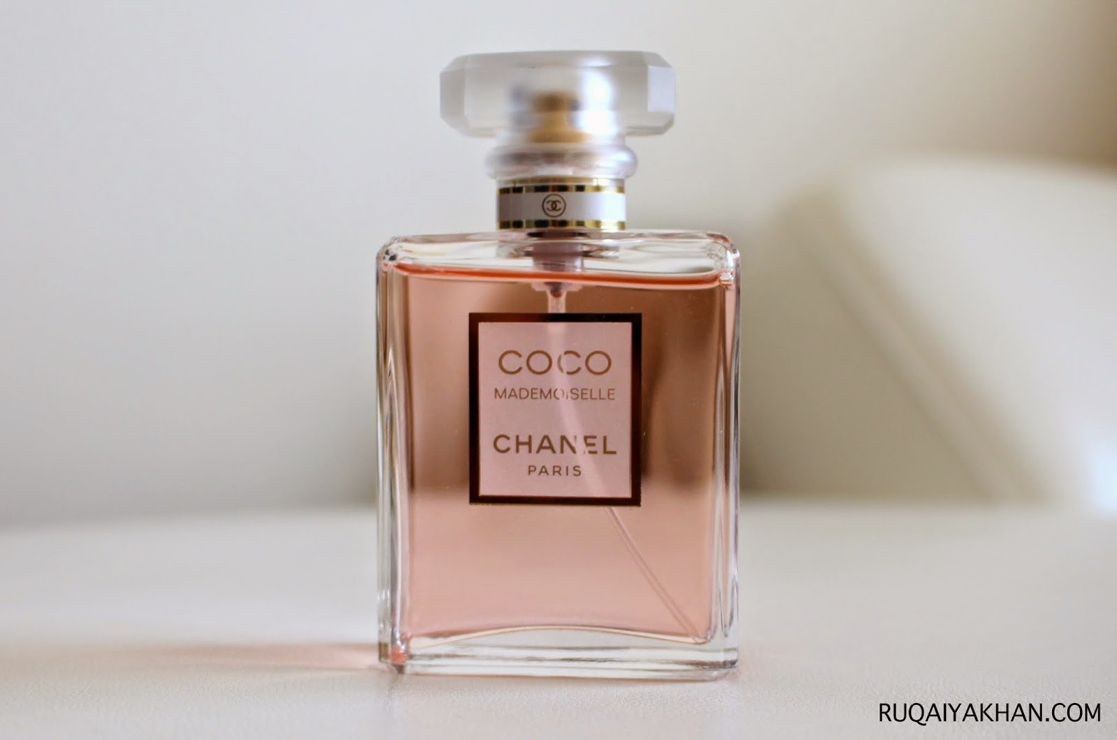 ruqaiya khan chanel coco mademoiselle eau de parfum review. Black Bedroom Furniture Sets. Home Design Ideas
