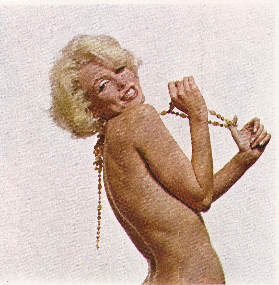 http://1.bp.blogspot.com/-OgA0rQ8Pm60/T671cV8jczI/AAAAAAAAGN0/KOyTjhJo9nw/s1600/Marilyn+Monroe+Show+Magazine+9%253A72-7.jpg