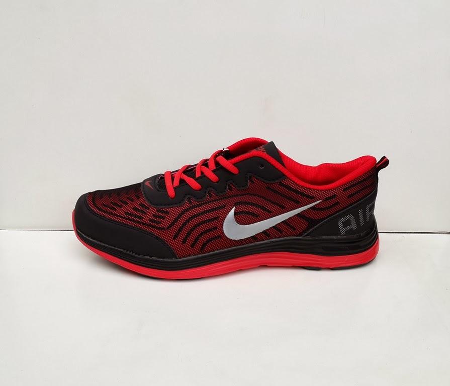 photo sepatu, sepatu Nike Air Max Turbulence 13, sepatu nike joging