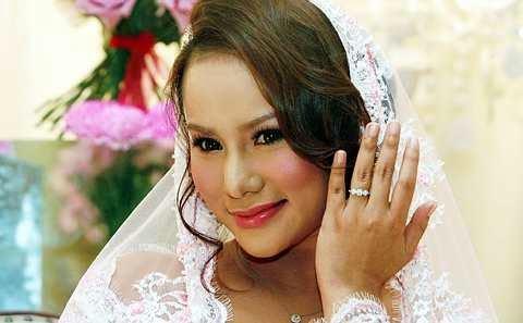 Elly Mazlien Tak Mahu Buat Majlis Kahwin, Hanya Akad Nikah