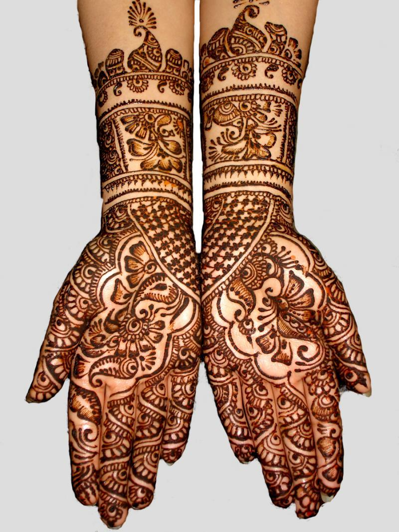 18 Fashion Henna Designs For Hands