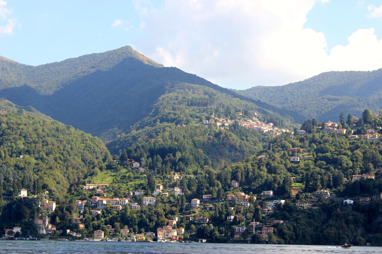 λίμνη κόμο σκάφος ιταλία wakeboard