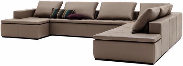 aranżacja wnętrza jasna sofą
