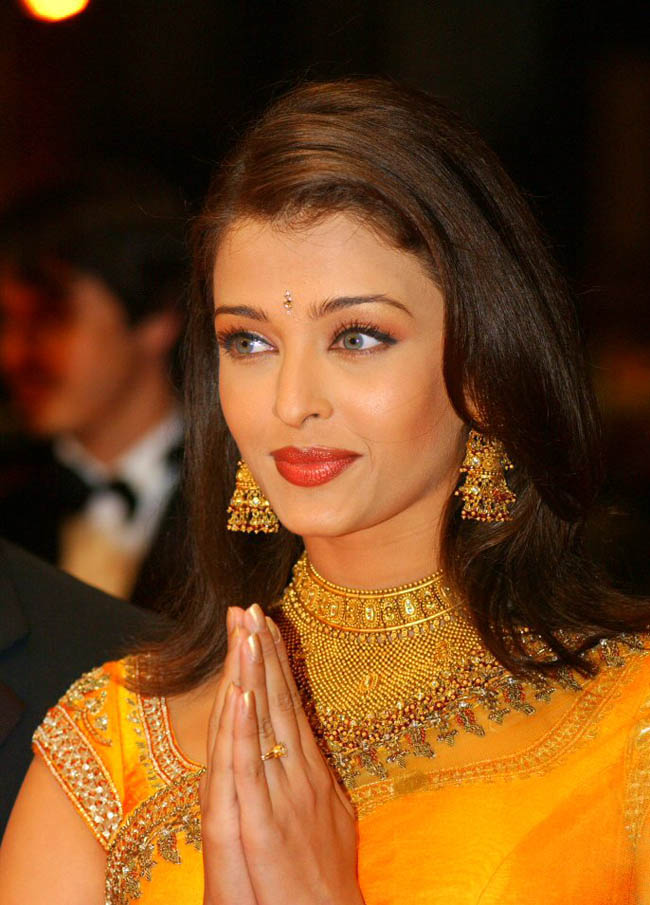 Throwback Thursday: Heres looking back at how Aishwarya