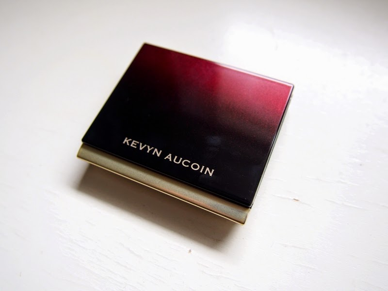 kevyn aucoin sculpting powder in medium