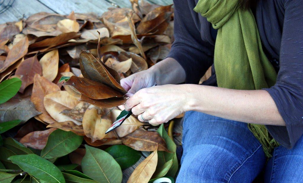 Sweet Something Designs Magnolia Leaf Wreath A Tutorial