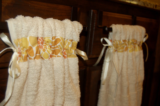 Stay-Put Kitchen Towels
