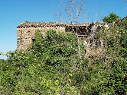 El mas de Vilagú des del Camí de Santa Maria d'Oló a Vilagú