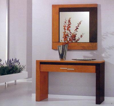Decoraciones en madera consolas y muebles para sala for Consolas antiguas muebles