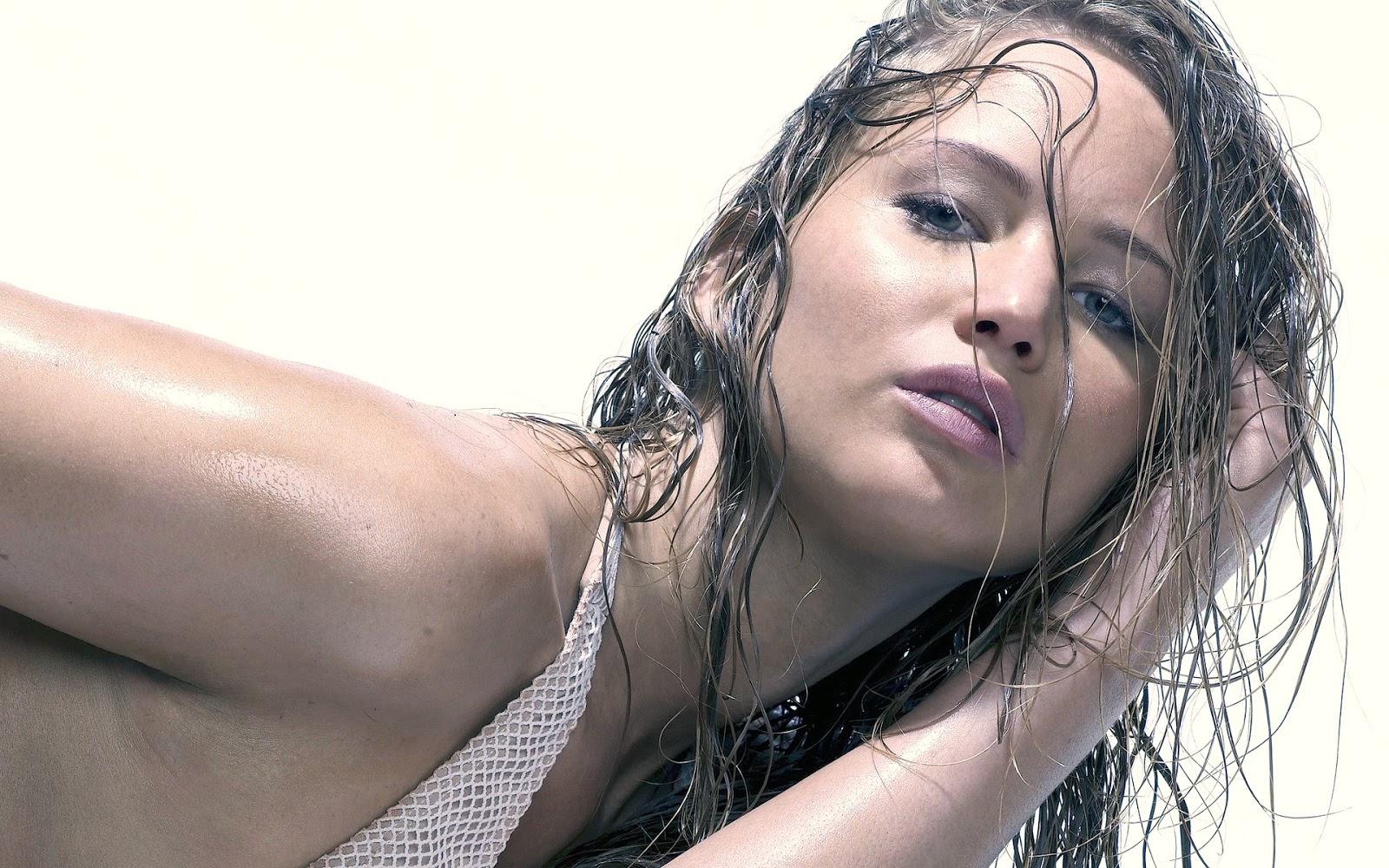 http://1.bp.blogspot.com/-OhgVUEcprDs/UOFipfizoUI/AAAAAAAApsk/dGrl-m8I5sU/s1600/jennifer-lawrence-hot.jpg