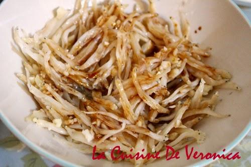 La Cuisine De Veronica 蒜蓉蒸白飯魚乾