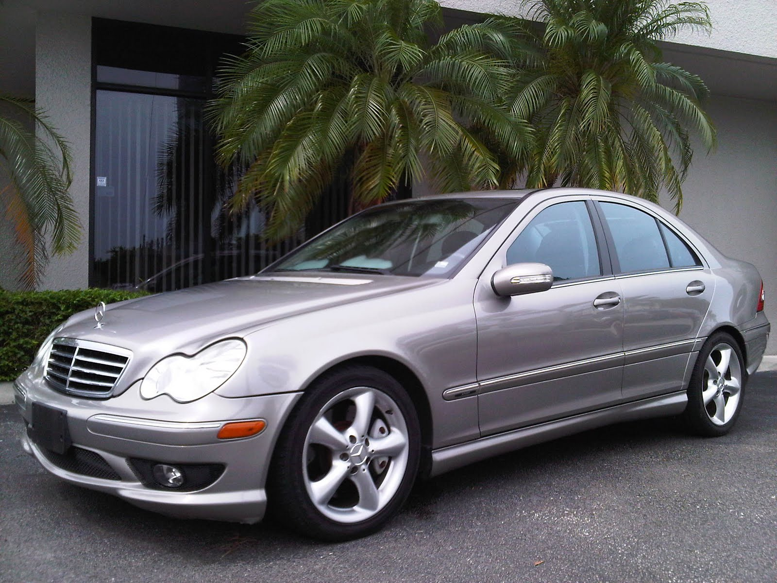 Awesome motors inventory 2006 mercedes benz c230 sport for Mercedes benz 2006 c230 sport