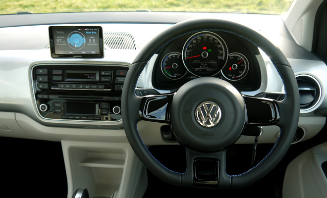 Volkswagen e-Up cockpit