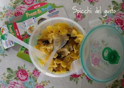 Farfalle con zucchine e formaggio