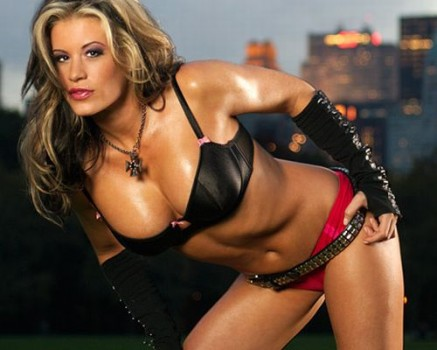 Wwe pictures wallpapers wwe diva a very sexy pose by for Hottest wwe diva